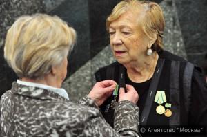 Окружные советы ветеранов Москвы поддержали инициативу ЕР о льготах на капремонт