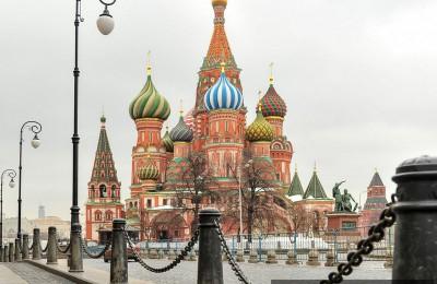 В Москве организуют движение вокруг Кремля