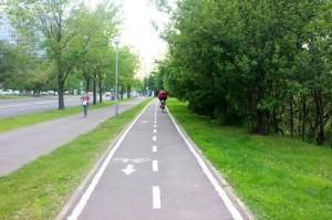 Одна из велосипедных дорожек в ЮАО