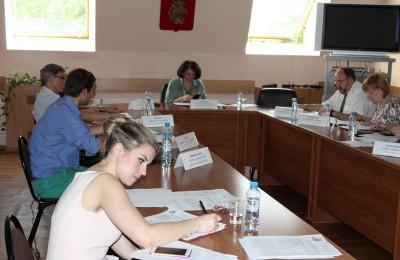 Депутаты муниципального округа на очередном заседании