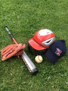 Инвентарь для игры в бейсбол