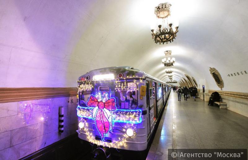 ВМоскве подвели итоги работы общественного транспорта вНовогоднюю ночь