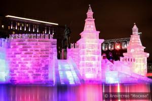 В Москве открылся фестиваль ледяных скульптур