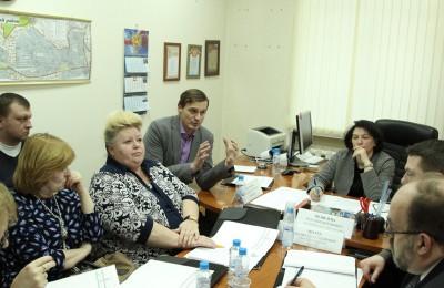 Депутаты на внеочередном заседании