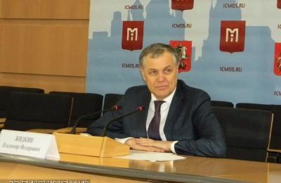 Руководитель Департамента развития новых территорий Москвы Владимир Жидкин на пресс-конференции