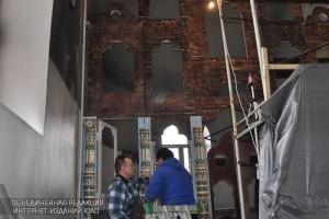 Работа над иконостасом в храме Державной иконы Божией Матери