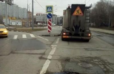 Отремонтированный участок дороги на Нахимовском проспекте