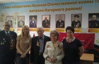 В районе ветеранов поздравили с Днем Победы