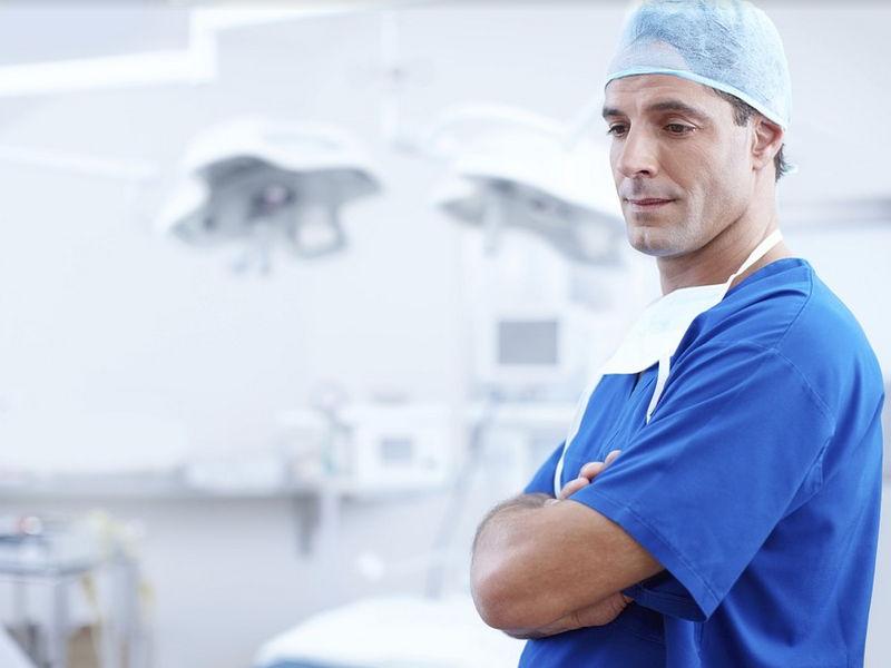 Статус Московский врач присвоили 332 специалистам