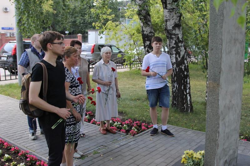 В Нагорном районе возложили цветы к воинским обелискам