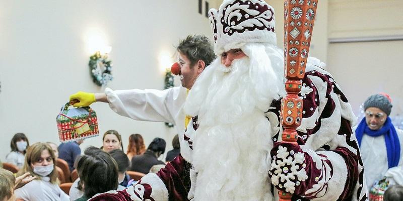 Добрая елка Мэра Москвы мосру акция программа Новый год больницы